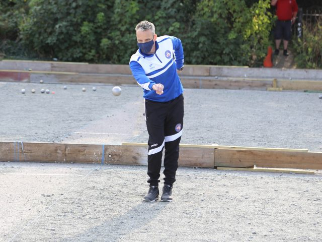 https://www.petanque-england.uk/wp-content/uploads/2020/10/Scott-Ashby-mask-640x480.jpg