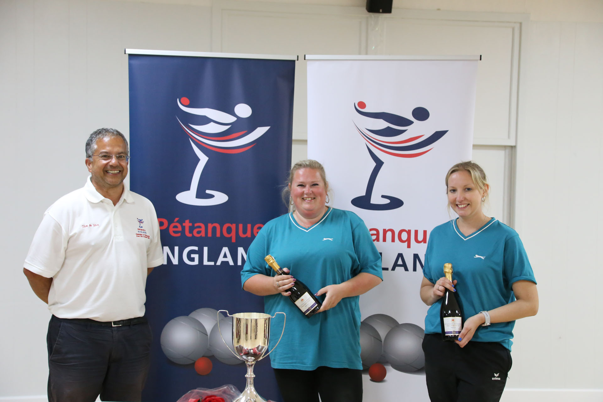 Clive + Women's Doubles Winners 2020